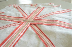 Union Jack Pillow Covers - Sew a FIne Seam