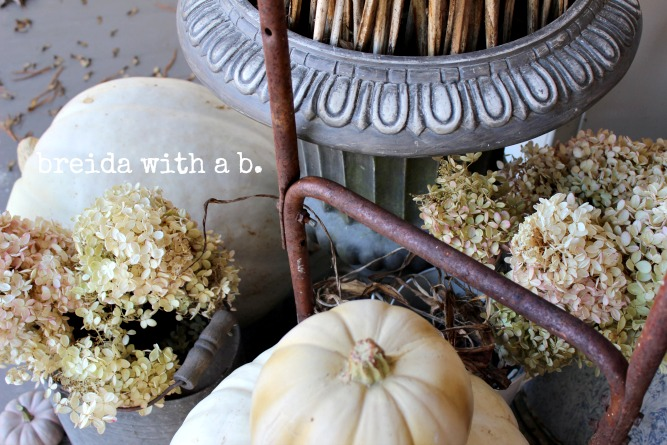 Fall Junkers Unite with a Junky Fall Porch Display, a Pin Board, and a Linkup!