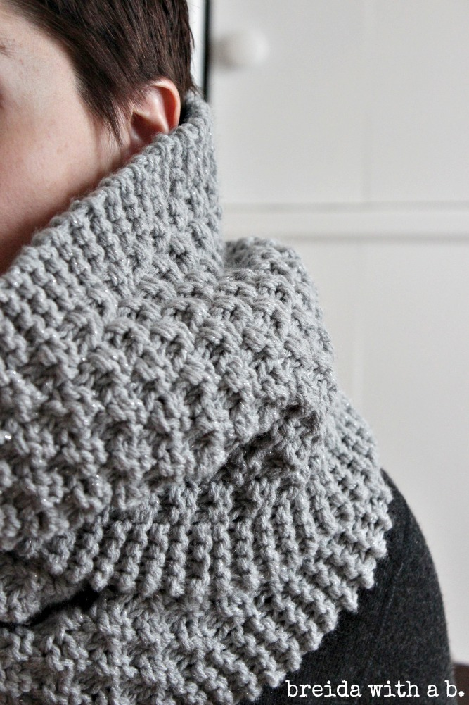 simple knitting-silver grey cowl breidawithab.com