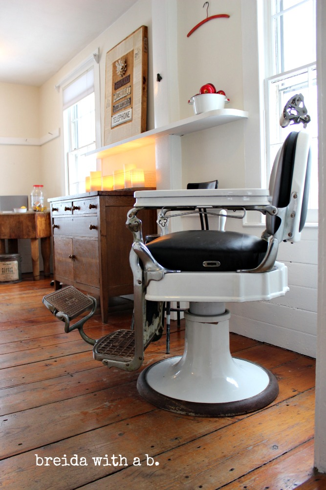 Vintage Barber Chair breidawithab.com - What, This Old Thing? {vintage Barber Chair} - Breida With A B.